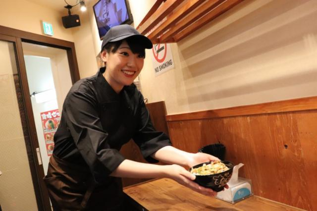 がっつりスタミナ丼「すためしどんどん」新宿中央東口店の画像・写真